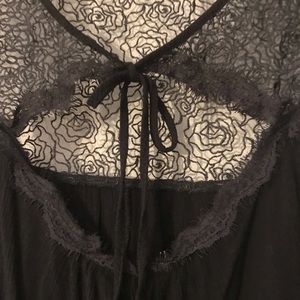 Black tank with lace detail & a tie